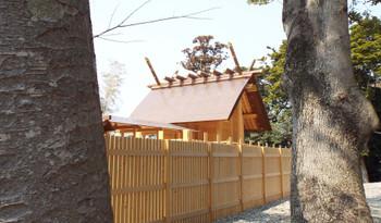 Karasujinjya1